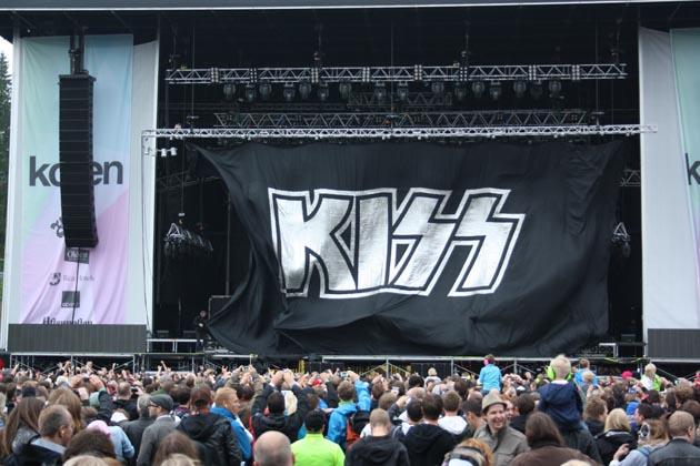kiss scen kollen